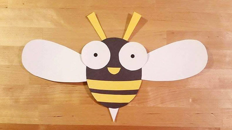 Finished Buzzy the Bee craft. Template available for Free at Craftypammy.com